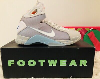 46ccf1acff93 Kobe Nike Air Mag Hyperdunk Size 13 Undefeated Supreme Mcfly Back To The  Future