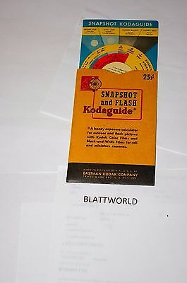 NEW VERY OLD STOCK KODAGUIDE for SNAPSHOT and FLASH PICTURES