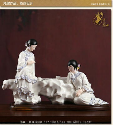 16'' Chinese blue and white porcelain carved two girl lady Go weiqi statue