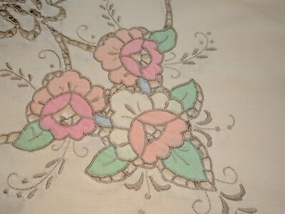 Lovely Vintage Collectible Cutwork Tablecloth With Scalloped Edges