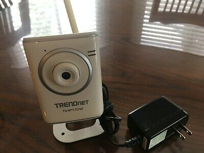 TRENDNET TV-IP110W WIRELESS Camera w/Detachable Antenna, Stand - AC