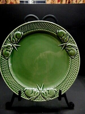 Bordallo Pinheiro Portugal Green  Rabbit  Dinner Plate 10 1/4""