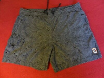 bbb6515b3b TOMMY BAHAMA NAPLES Oasis Blooms 6-Inch Swim Trunks - $39.99 | PicClick