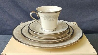 Lenox China SNOW LILY 5 pc Place Setting - Cup Saucer Side Salad & Dinner Plates