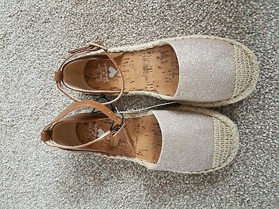 New With Tag Bluezoo Girls Espadrille Size uk 13