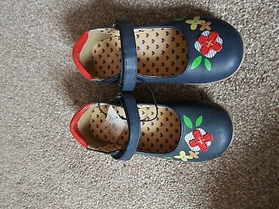 New With Tag Bluezoo Girl Evie Crepe Sole Shoes Size 12