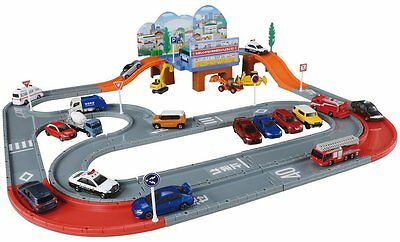 Takara Tomy Tomica Tomica system town road set cars not included