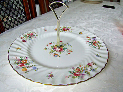Minton 'Marlow' S309 Bone China Cake Plate with Central handle c1980