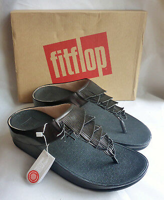 c664c24ed105 New Fitflop Cha Cha Fringe Toe Thong Metallic PU Black Toe Post Sandals Box  Sz 8