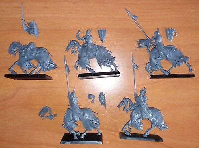 Warhammer - Age of Sigmar: Black Knights (SELECT ONE)