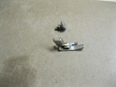 Singer 201,66, 99,15 Sewing Machine Straight Stitch Presser Foot 45321 & SCREW @