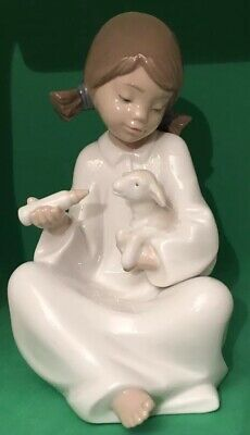 Nao Figurine By Lladró, Time For Your Bottle Little Girl feeding a lamb, Retired