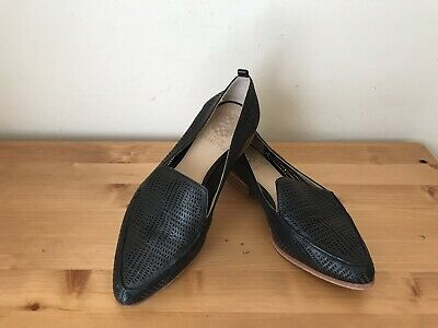 f75802a0b8d Vince Camuto Black Perforated Laser Cut leather Kade Loafer flats sz 7.5M