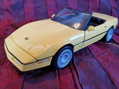 Franklin Mint 1986 Corvette - Die-Cast Metal Car- Collectible w/box