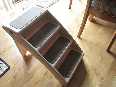 PetSafe Pup Step Plus Pet Stairs Fordable Steps-For Dogs & Cats Furniture! COOL!