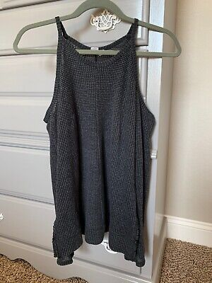 1111c44c38503 Melrose And Market Brand Cold Shoulder Top Size Small