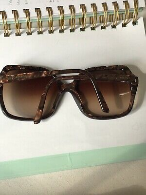 4c636bebe628 Dolce And Gabbana Womens Tortoiseshell Oversized Sunglasses Excellent  Condition