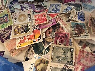 Approx 500 Mixed World Stamps Off Paper, No GB, MIX OF USED AND MINT