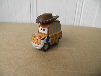 DISNEY PIXAR CARS VOITURE WOODY TOY STORY FLASH McQUEEN METAL 1/55 BON ETAT !!