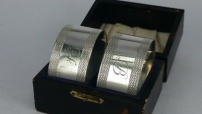 1925 Pair of boxed silver oval napkin rings