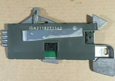 Mercedes W211 E-Class Antenna Amplifier A2118271142