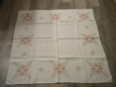 Vintage Tablecloth Embroidered Flowers 30 x 30