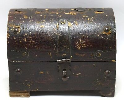 Vintage Handmade Trinket Box, Sewing Box - Collective Iron Fitted Box i71-233 UK