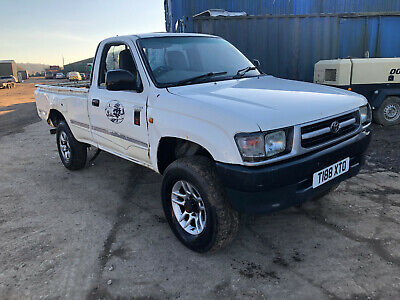 toyota hilux turbo 4WD pick up 1999