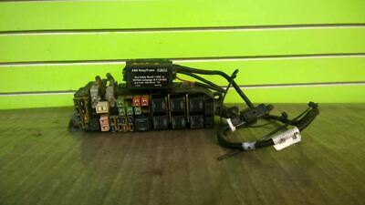 01 Escape Xlt 3.0 At Fuse Junction Relay Box Oem 1603-3