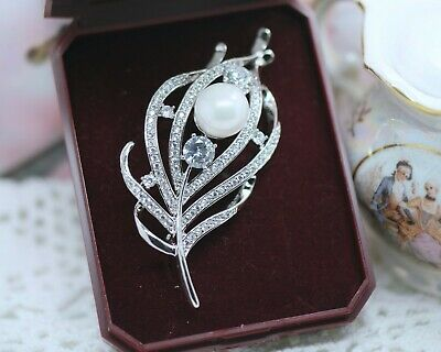 Vintage Jewellery Feather brooch white sapphires and Pearl Antique Dress Jewelry