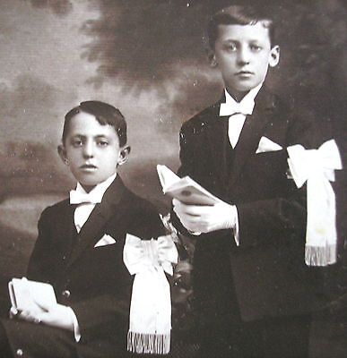 EARLY 1900's 1st COMMUNION OF TWO BROTHERS TWO ARTISTIC CABINET CARDBOARD PHOTO