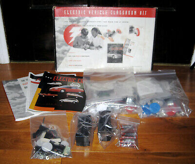 EV Media Electric Vehicle Classroom Project Model kit makes 8 cars in Box