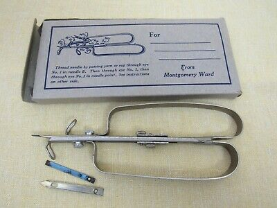 Vintage 1950s Latch Hook Rug Tool Montgomery Ward ORIG BOX w/ Instructions