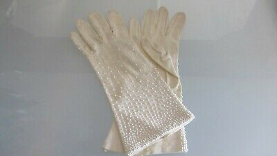 cream vintage dress gloves with tiny white seed beads size 7