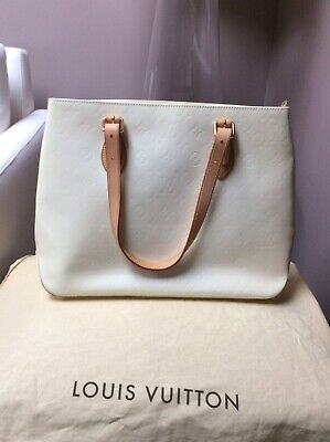 4c7eac67030c Auth LOUIS VUITTON Vernis Brentwood M91512 Tote Bag Ivory Patent Leather  BA2314