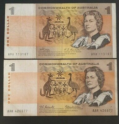 COMMONWEALTH of AUSTRALIA - 2x One Dollar Notes - Two different Signatures