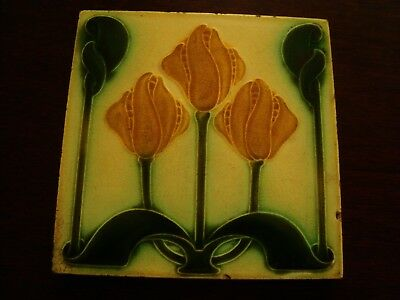 Pilkington Art Nouveau Majolica Tulip Display Tile  19/53