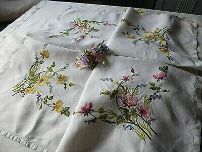 Vintage Hand Embroidered Tablecloth=Stunning Wild Pink & Yellow Roses