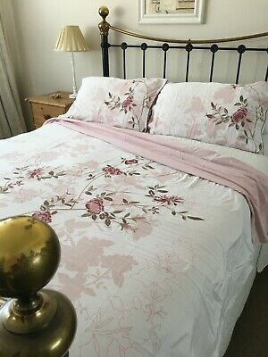 Dorma Chalk Pink Floral Embroidered Bedding Set Double Size