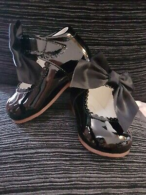 Tia Of London Baby Shoes size 2