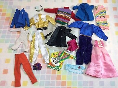 Vtg Lot Of Doll Clothes 70s 80s 90s Sweater Fashion Clothing Gold Looney Barbie