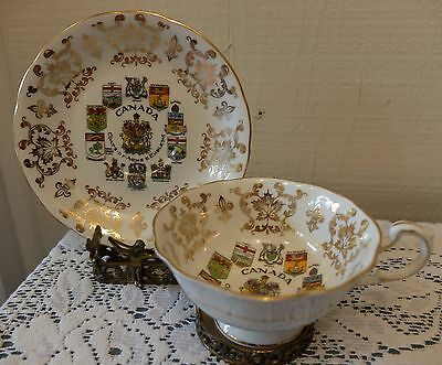 Paragon Canada Coat of Arms Emblems Gold Fleur de Lis Maple Leaves Cup Saucer