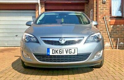 Vauxhall Astra Elite 2.0 cdti start/stop 2011 fully loaded