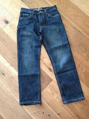 Boys denim jeans  9-10 yrs (140 cms). Straight leg.Excellent condition