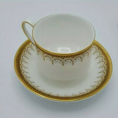 "Vintage Paragon Cup & Saucer Set ""Athena"" China England Fine Bone Majesty Queen"