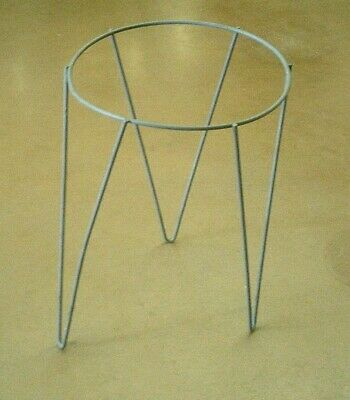 """Vintage Mid Century Metal Hairpin Leg  Wrought Iron Gray Plant Stand 18"""" Tall"""