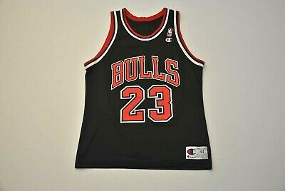 4c02ab7ffd5 AUTHENTIC CHAMPION REPLICA Michael Jordan Chicago Bulls Jersey 90s ...