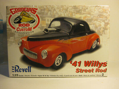 REVELL 1941 Willys Street Racer 3 window Coupe 1/25 scale F/S kit skill2