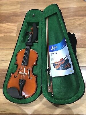 HUXLEY WOODEN VIOLIN 1/2 Size includes Set Case, Bow, Rosin, String, User Manual