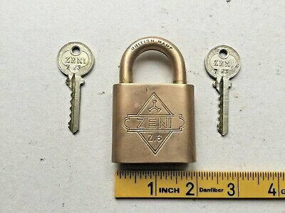 Vintage Brass Padlock, Two Key's, Working, British Make - ZENI Z16 - Old Tools